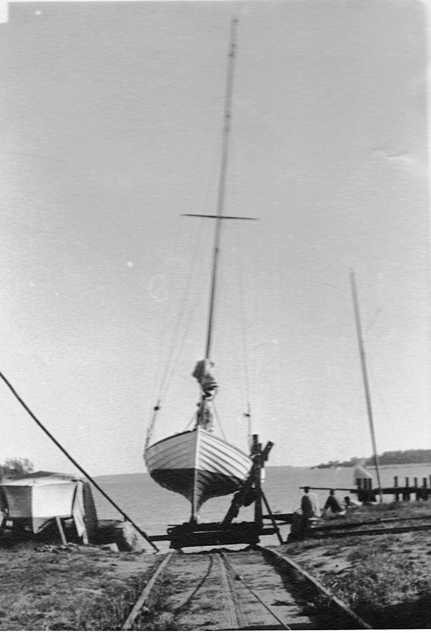 1959 - Spray er på bedding på Thurø. Helge Møller boede i alle år i Svendborg, hvor Spray var hjemmehørende.